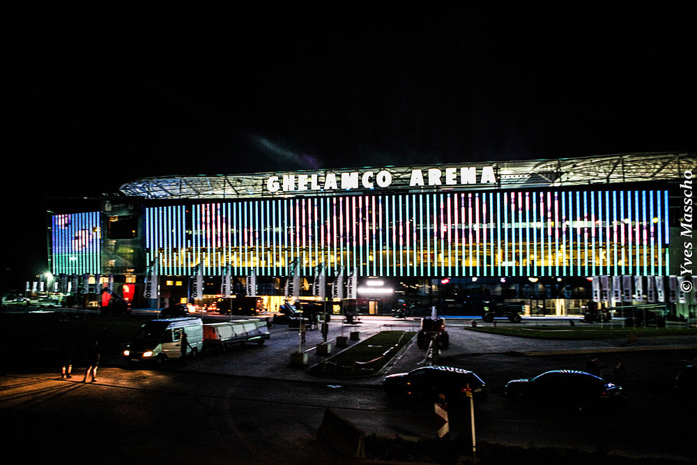 ghelamco-arena-by-night-1-1255
